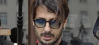 Fabrizio Corona tenta il suicidio, salvato in extremis dalla penitenziaria