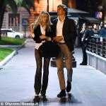 Martina Stella e il fidanzato  Andrea Manfredonia, coccole ed effusioni al ristorante a Roma